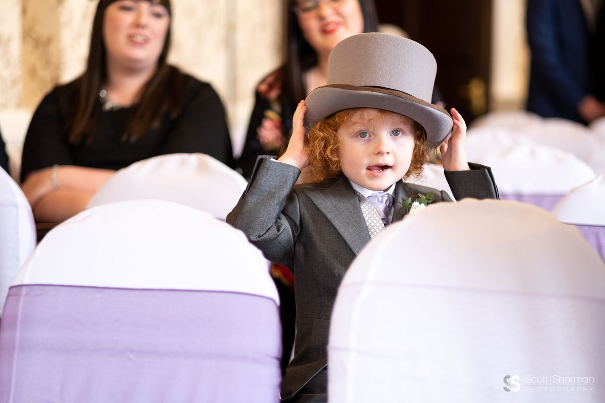 Every wedding should contain at least one cute kid. #wedding #photographer #stokeontrent #stoke #staffordshire #cheshire #shropshire  #weddingphotography #weddingphotographer #weddingphotos #weddingphotoideas #weddingphotograph  #weddingphotographers #weddingday #weddingphotopic.twitter.com/QULrKGgYjF
