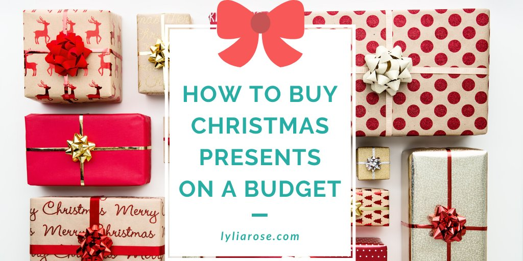 How to buy Christmas presents on a budget     #christmas #christmasgifts #christmasshopping #christmasblog