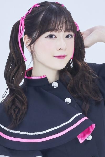 【#A応P お知らせ】巴奎依が8月2日をもってA応Pを卒業することを本日のイベント内にて発表いたしました。同日に渋谷にて卒業ライブを開催予定です。公式ブログにもコメントを掲載しております。ぜひ、彼女の門出を祝福していただければ幸いです。