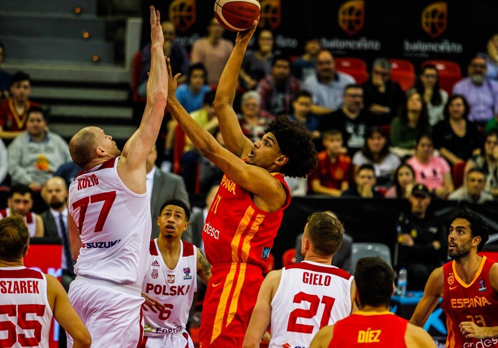 Cayó la selección española frente a Polonia, en un partido que se le complicó tras el descanso.  🇪🇸 69 - 80 🇵🇱  Sebas Saiz (15+12), el mejor de España. El lado negativo, la lesión de Santi Yusta