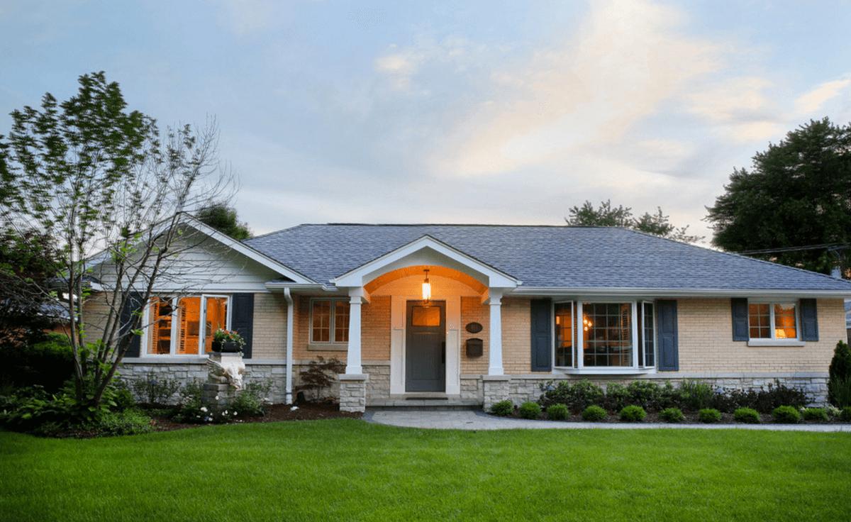 modern ranch exterior - 969×605