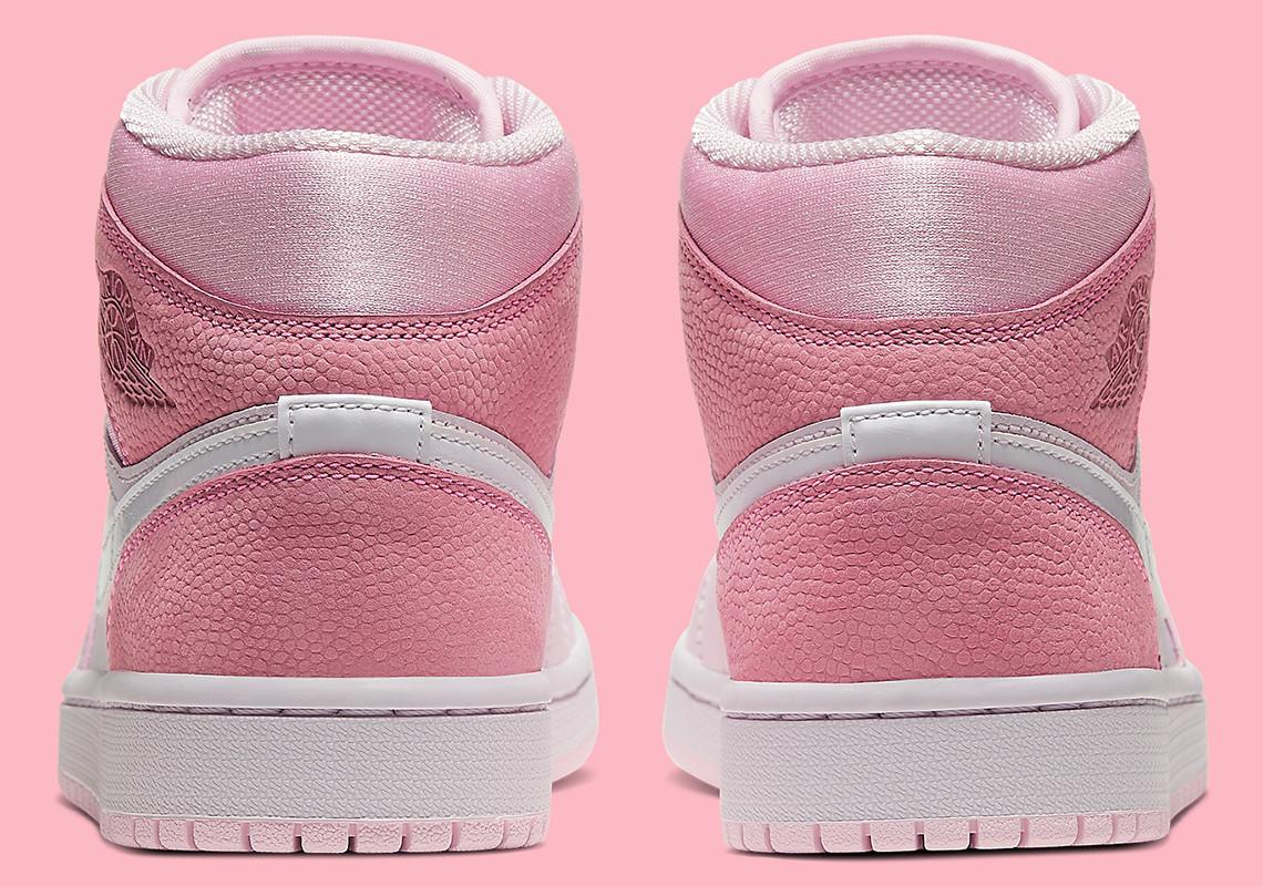Sneakers On Twitter Air Jordan 1 Mid Color Digital Pink White