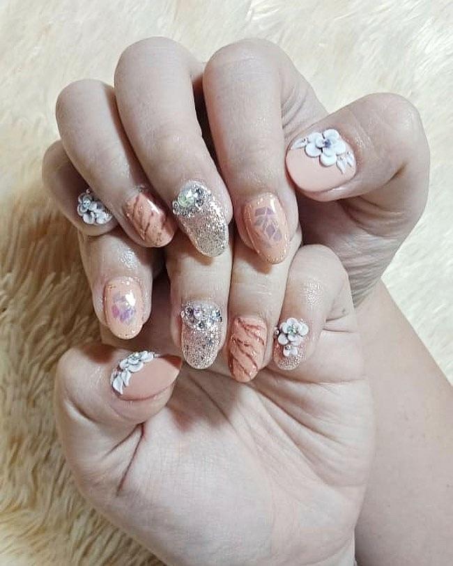 Peachy 3D nails untuk wedding? So pretty   by Cia Lie Wang #3dnails #3dnailwedding #weddingnails — CIA LIE WANG Nail & Salon — Suncity Mall Sidoarjo Lt. UG WA /  081232444903 pic.twitter.com/mGyxfxhfHm