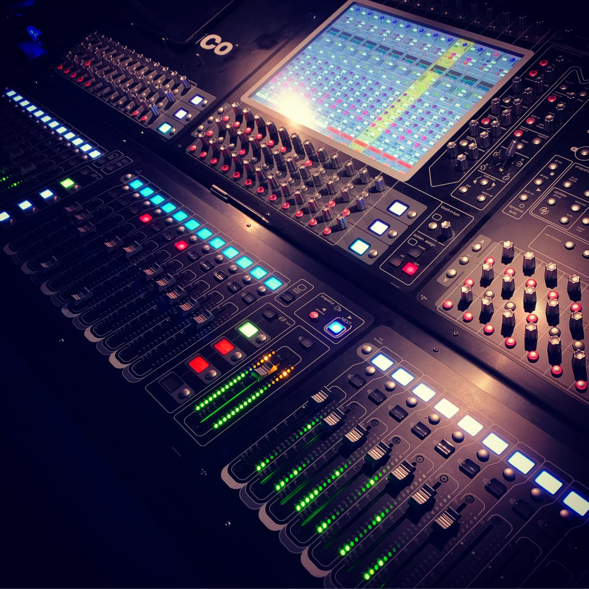 I get to do some pretty cool things and am forever thankful. Have I mentioned how much fun it is to mix on this thing? #foh #audio #audioengineer #digico #mixing<br>http://pic.twitter.com/oDpZXwI5BC