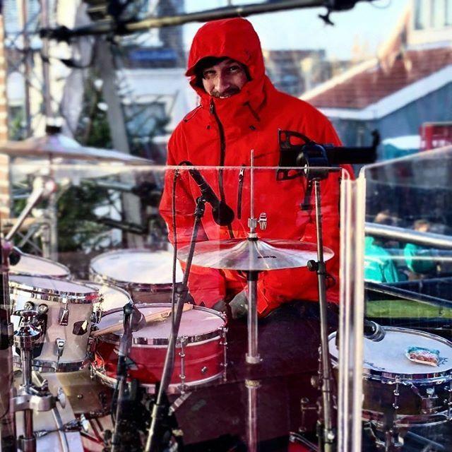 #drumfam @jimmyvdn always smiling with his @hellodrum 5x14 red brass #snaredrum https://ift.tt/2SRH49rpic.twitter.com/OKNOs8y5oA