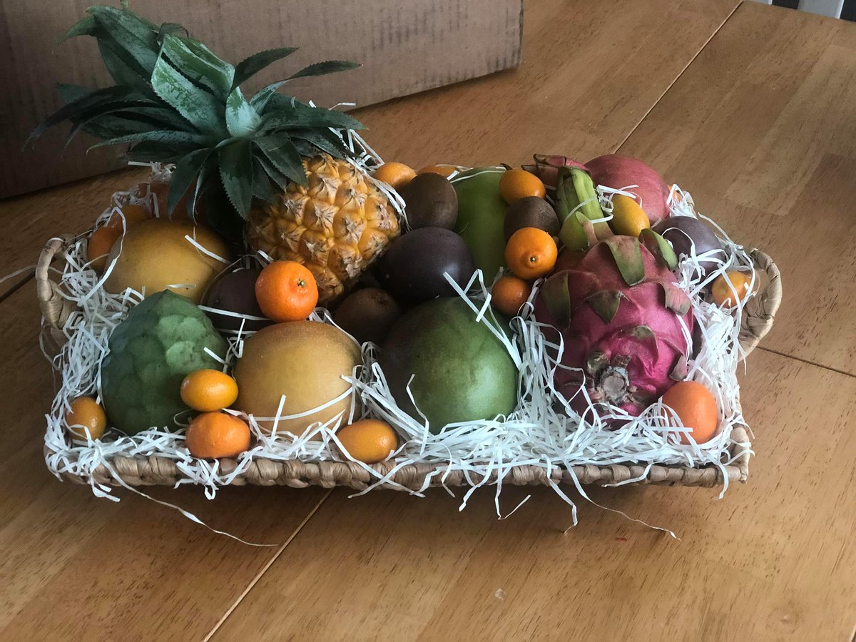 @MelissasProduce  I Received My #GenesisInvitational  Prize From @MelissasProduce   OMGOSH!!! Its Beautiful & Delicious! Thank YOU so much! The 4 kids were so excited to try some new fruits they have never had that were in it! The basket is also amazing!