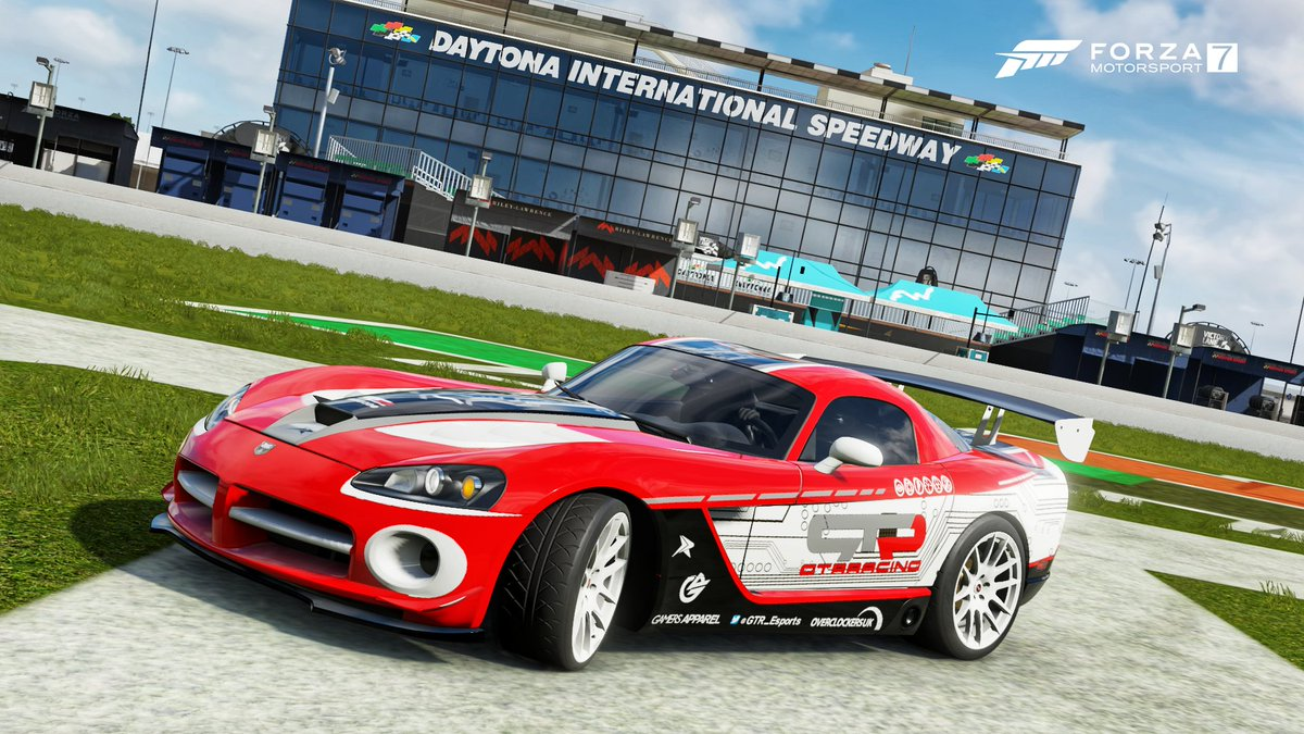 New @GTR_Esports team livery for the 08' @Dodge Viper, shared in @ForzaMotorsport 7! @OverclockersUK  @GamersApparelpic.twitter.com/6iaDKpNMei