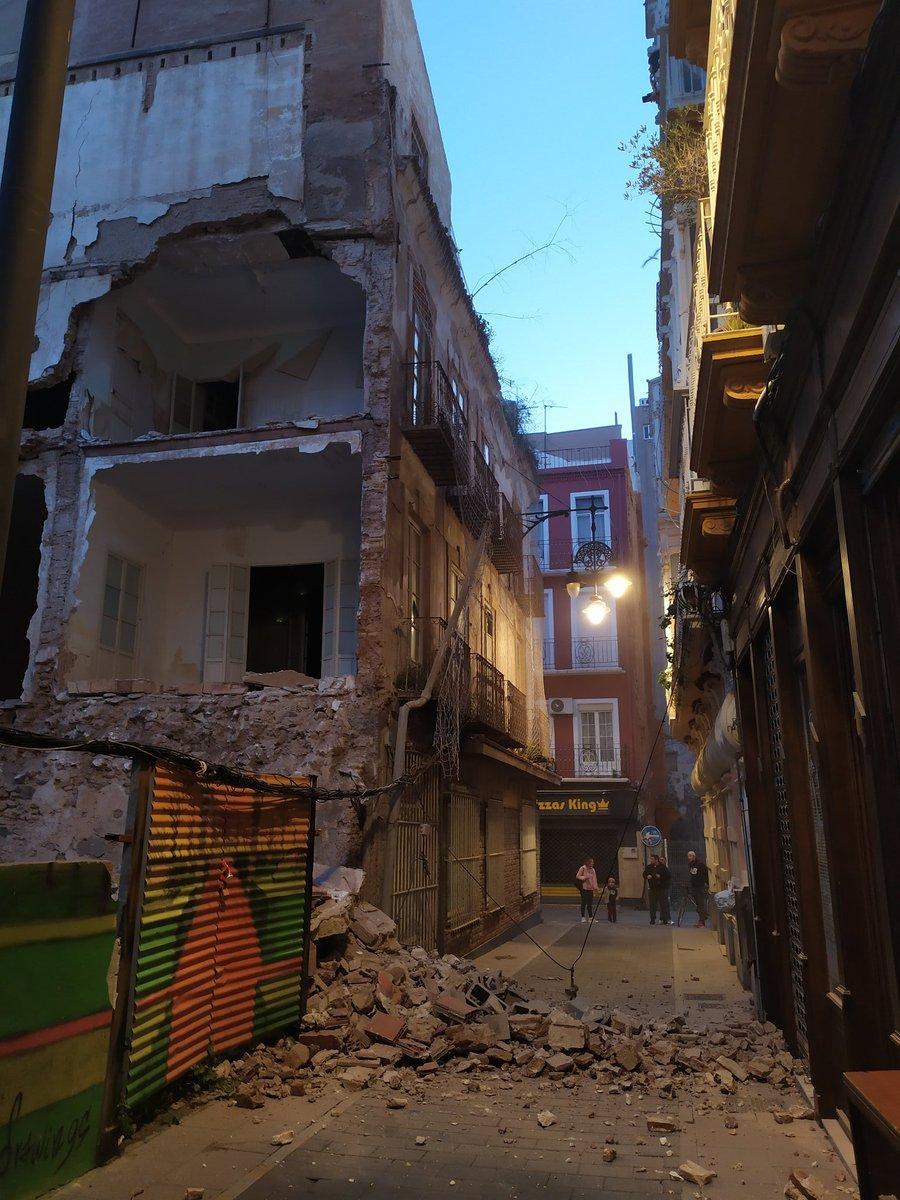 Yo a la gente: buah en Palermo se cayó un edificio cuando llegué Cartagena: