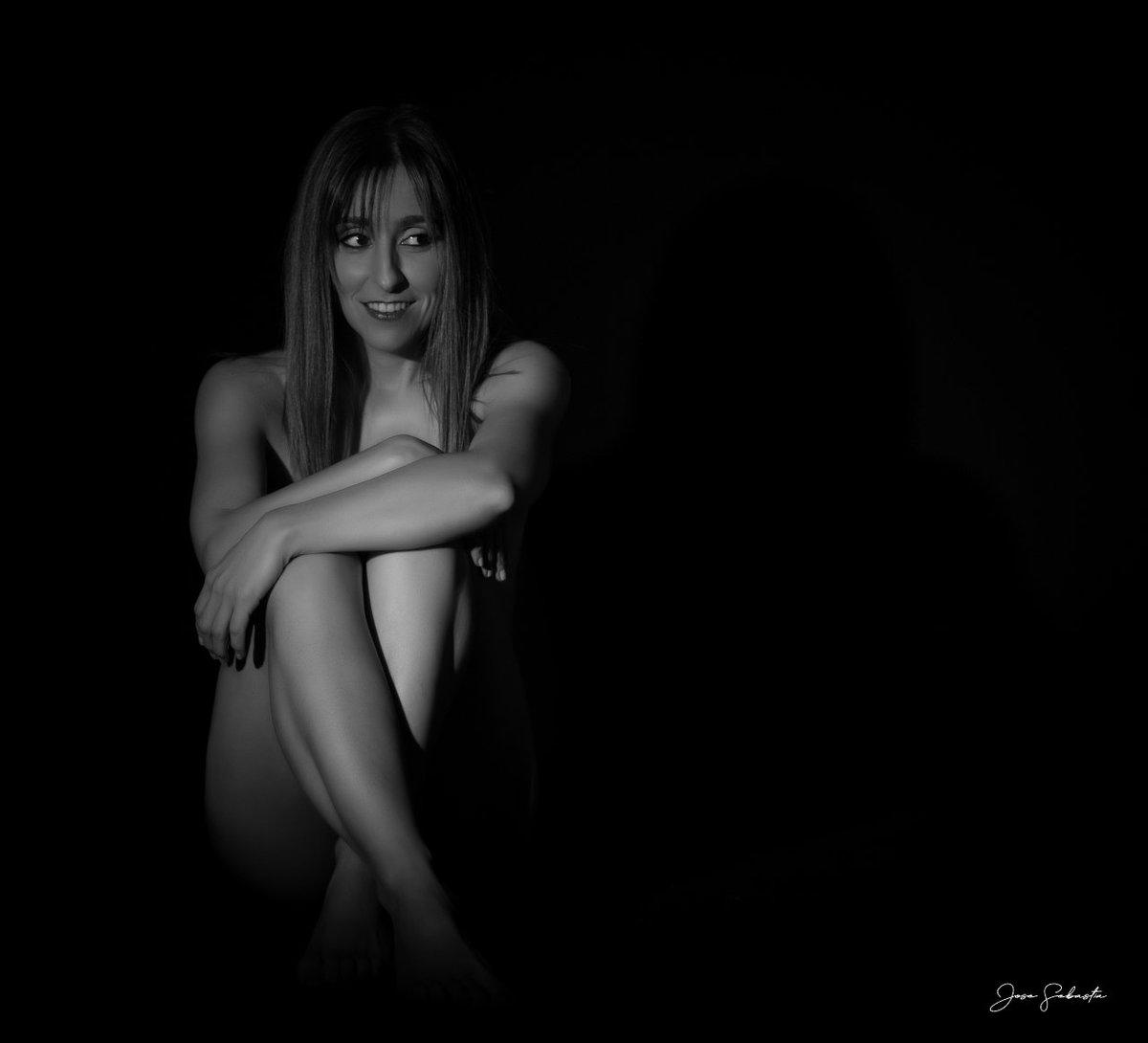#Beauty #Model #Modelo #Retrato #Portrait #CanonFeed #FotografiaDeRetrato #Photographer #Fotografo #Photography #Fotografia #FotografoValencia #FotografiaValencia #NudeArtistic #NudeArt #ArtNude #NudeShoot #NudeArtPhotography #DesnudoArtistico #PhotoArt #ArtPhotographypic.twitter.com/CQQDfgw4rt
