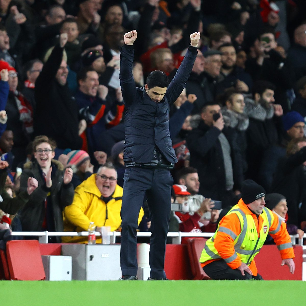 Arsenal Invincible 2020 😍 ✅ 2-0 vs Man Utd ✅ 1-0 vs Leeds 🤝 1-1 vs Crystal Palace 🤝 1-1 vs Sheff Utd 🤝 2-2 vs Chelsea ✅ 2-1 vs Bournemouth 🤝 0-0 vs Burnley ✅ 4-0 vs Newcastle ✅ 1-0 vs Olympiacos ✅ 3-2 vs Everton