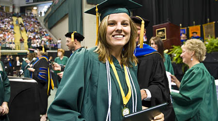 You know that high school student who you'd totally call if you needed help with an assignment? Make sure they know Wright State is the smart choice they should explore! >> Check out our @WSU_Honors program: http://bit.ly/2xoEeO6 #WrightStateRightSchool #WrightState24pic.twitter.com/XiCF7uEKSW