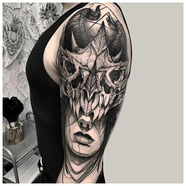 Dragon skull by @felipexsanto #CreateArt - #torontotattoo #torontotattoos #customtattoo #tattoo #tattoos #art #instaart #tattooideas #tattoosocial #design #inkstinctsubmission #tattoodo #inspiredinktattoo #tattoomobile #toronto #tattooed #instagood #tatt… https://ift.tt/2unNdAGpic.twitter.com/Tz35J55HTl