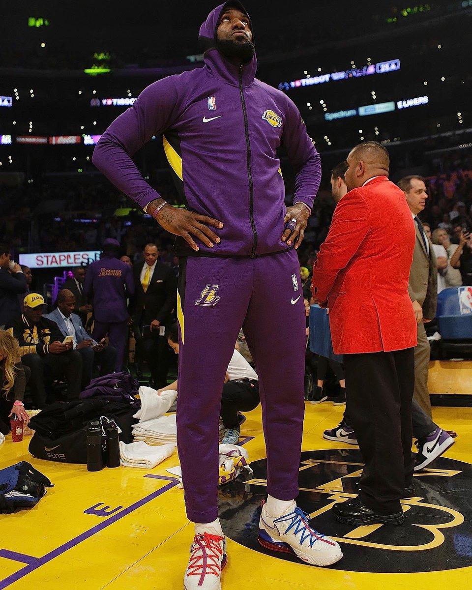Tune Squad Represent! #NBAKicks