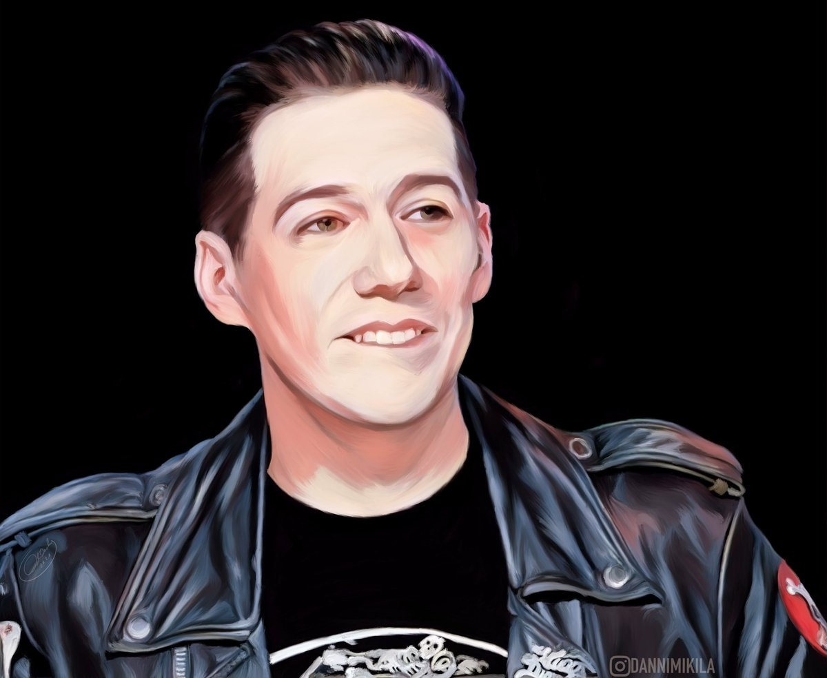 Actually was so scared to screw this up. I must have reshaped his face about a dozen times, I didn't want to ruin his beauty  but I think I'm happy with it now! #tobiasforge #ghostband #ghostbc #thebandghost #repugnant #marygoore #crashdïet #subvision #magnacartacartelpic.twitter.com/UnhayJ3QuE