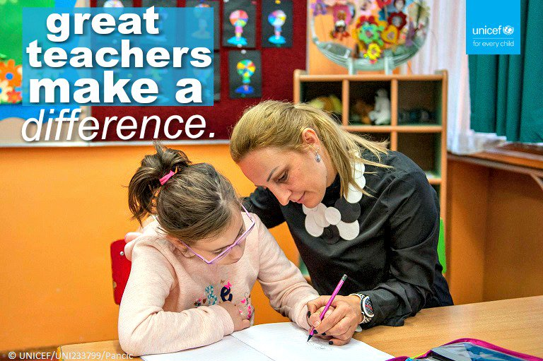 A great teacher INSPIRES ... and brings a class alive.  Please RT if you agree! v/@unicefeducation