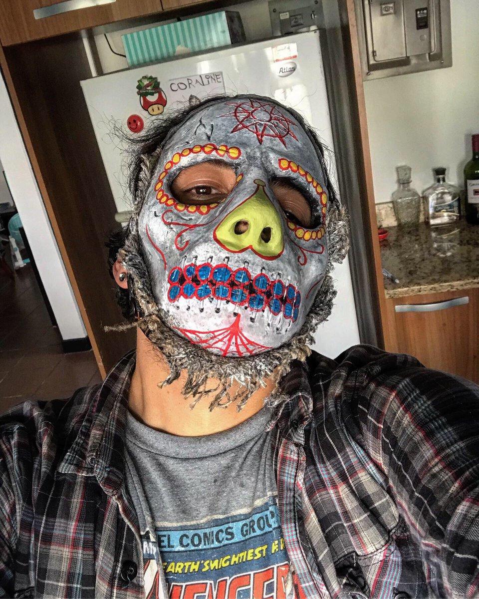 #jayWeinberg Sugar Skull WANYK hybrid   @jayweinbergdrum @slipknot   #Slipknot  #SlipknotMasks  #SugarSkull  #WANYK  #rt  #MskMkrCRpic.twitter.com/qxzGcPSS6e