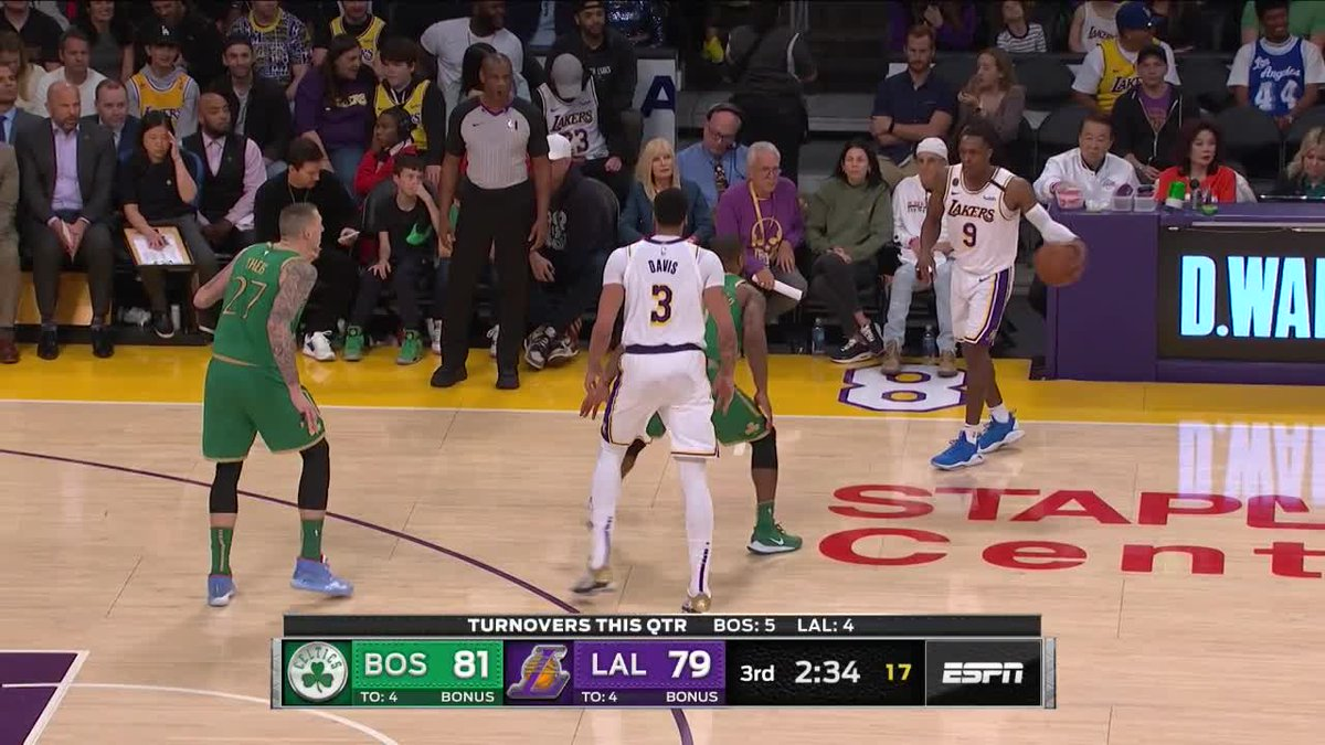 That Rondo to AD pick and roll 🎬 (via @NBAUK)