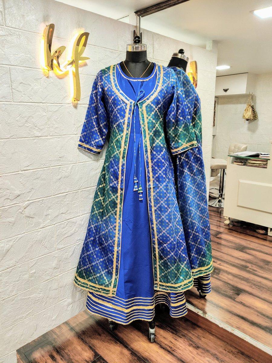 Bangalore Silk Dress & Kota Doria Printed Jacket both embellished with Gota Patti work  #fashion #clothing #apparel #bangalore #silk #bangaloresilk #dress #inner #printed #print #kota #dori #doria #kotadoria #cotton #jacket #work #ribbon #gota #gotapatti #embellished #traditionalpic.twitter.com/rXnqcB9yMc