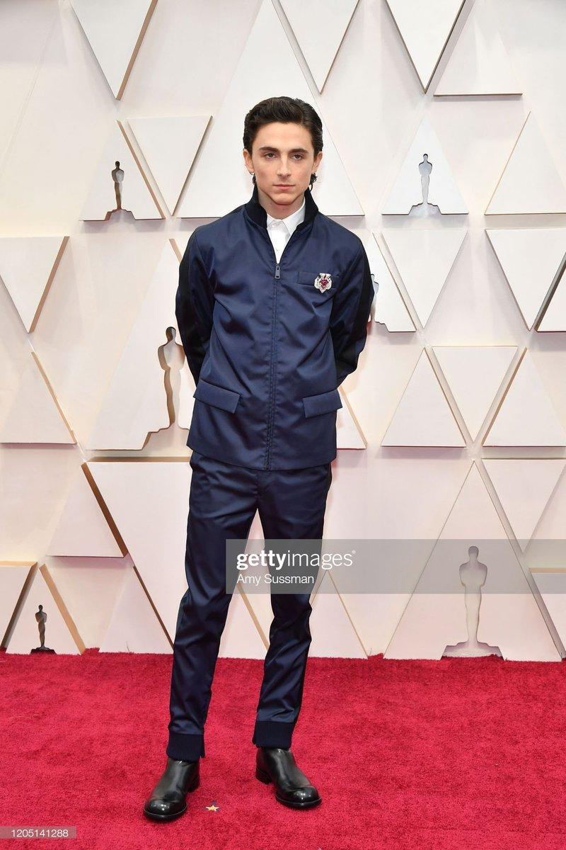 Thread de todos los memes que surgieron a causa del outfit de Timothée en los #Oscars2020 pic.twitter.com/cmcR3OVTYU