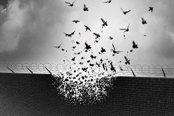 وأَعوذ بك من قهر الرجال ربااه احراركم في سجون  و الإنذال في خراج السجون . حسبنا الله ونعم الوكيل فيهم  #ليبيا  #Libya