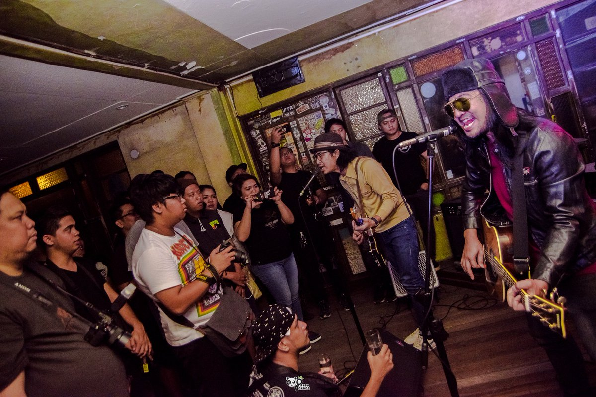 @JTC_Official during @HalfNote kick off party last Jan 25,2020 @SaguijoOfficial   #halfnotemusic #opm #jtc #localmusicscene #localmusic #opmpride