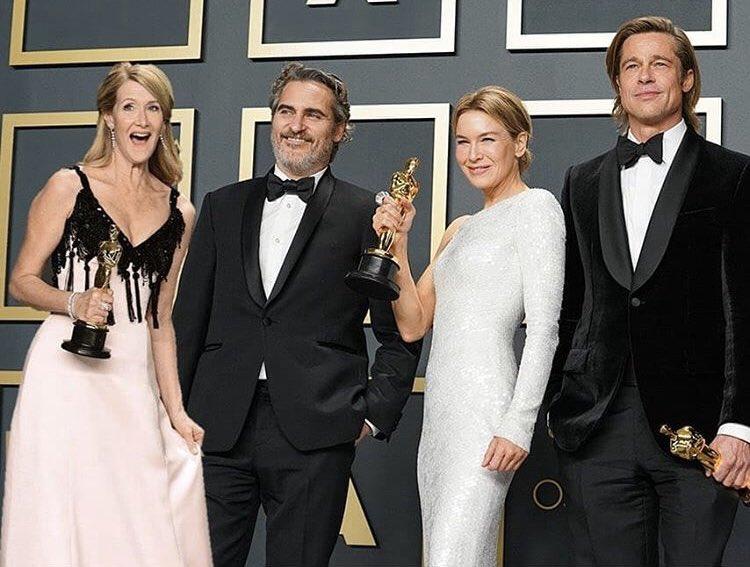 4人揃った写真初めて見た。ローラ・ダーン様除く3人のはたくさん見たんだけど。やっぱり4人勢揃いがいい。最高。  #Oscars2020 pic.twitter.com/GrnmLKTQ1j