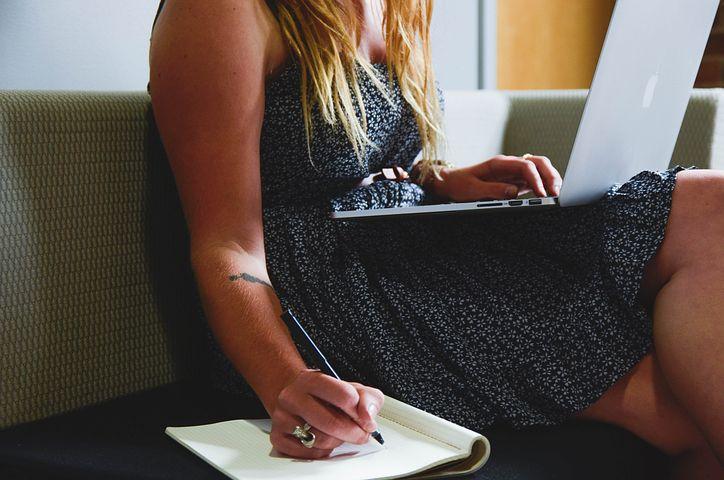Four Ways You Can Make Time to Blog Right Now by @RachelintheOC and @BadRedheadMedia via @Medium http://ow.ly/e3C650ykO3O  #MondayBlogs #SundayMotivation #WritingCommunity #Writers #Bloggers #Authors