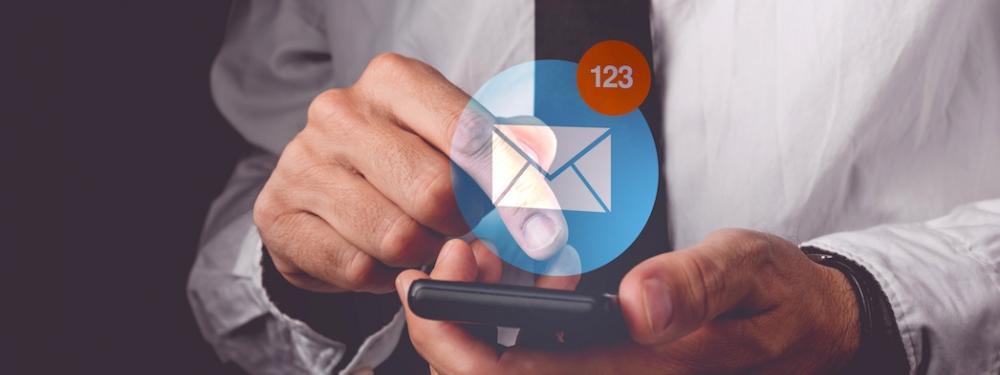 ¿Ha llegado el momento de preguntarse si estamos midiendo bien el éxito en #emailmarketing?    Dispares resultados estándar  ¿Un error de base en lo que se analiza?  ...  #Marketing #kpis Vía @puromarketing  http://blgs.co/7T6LJ2pic.twitter.com/6zTFNy9W19