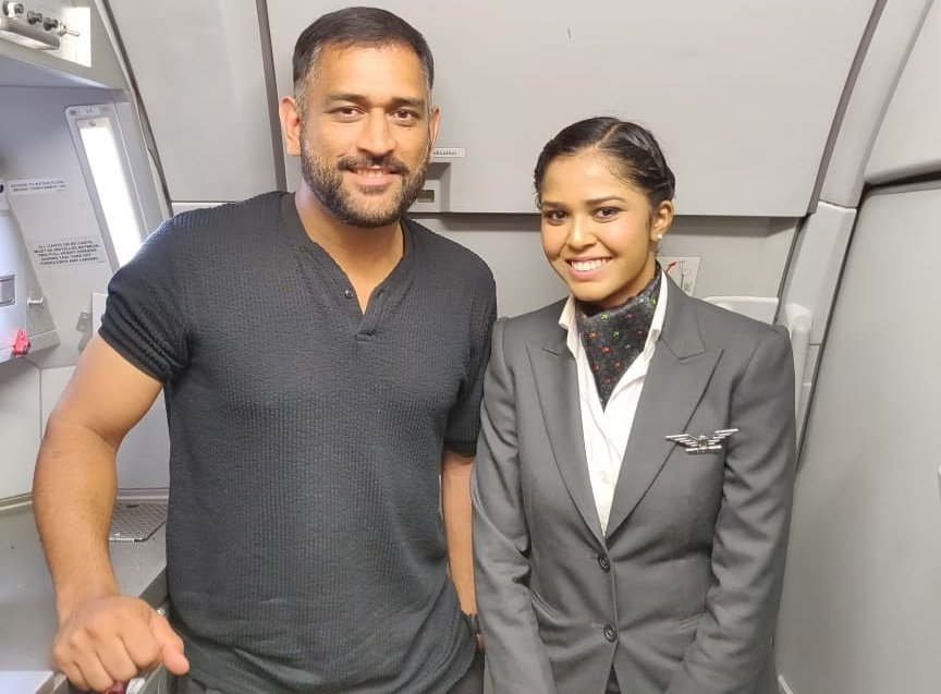 Starting the week on a 'cool' note! 😉Glad to have had @msdhoni on-board!#MondayMotivation#CaptainCool