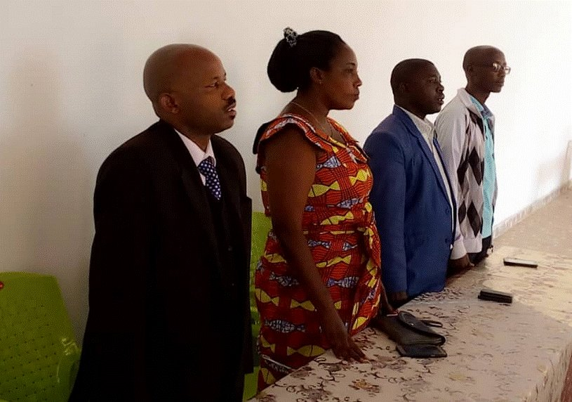Chama cha Kiswahili nchini Burundi (SAPROSS) kimezindua awamu nyingine ya mafunzo ya Kiswahili kwa ajili ya kuhamasisha wapenzi, wadau na wanafunzi kujifunza lugha hiyo. Soma zaidi>>>https://t.co/XZEQup2ezk  @SaprossB https://t.co/ZfHQIvPkux