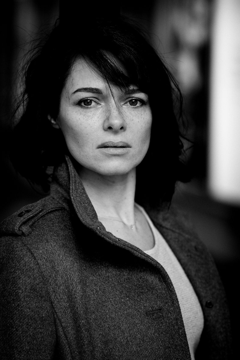 Mit #Tanja in der #Krügerpassage in #Dortmund  #model #indoor #portraitshooting Mehr unter http://99Augenblicke.Blogpic.twitter.com/oamxO5DKhX