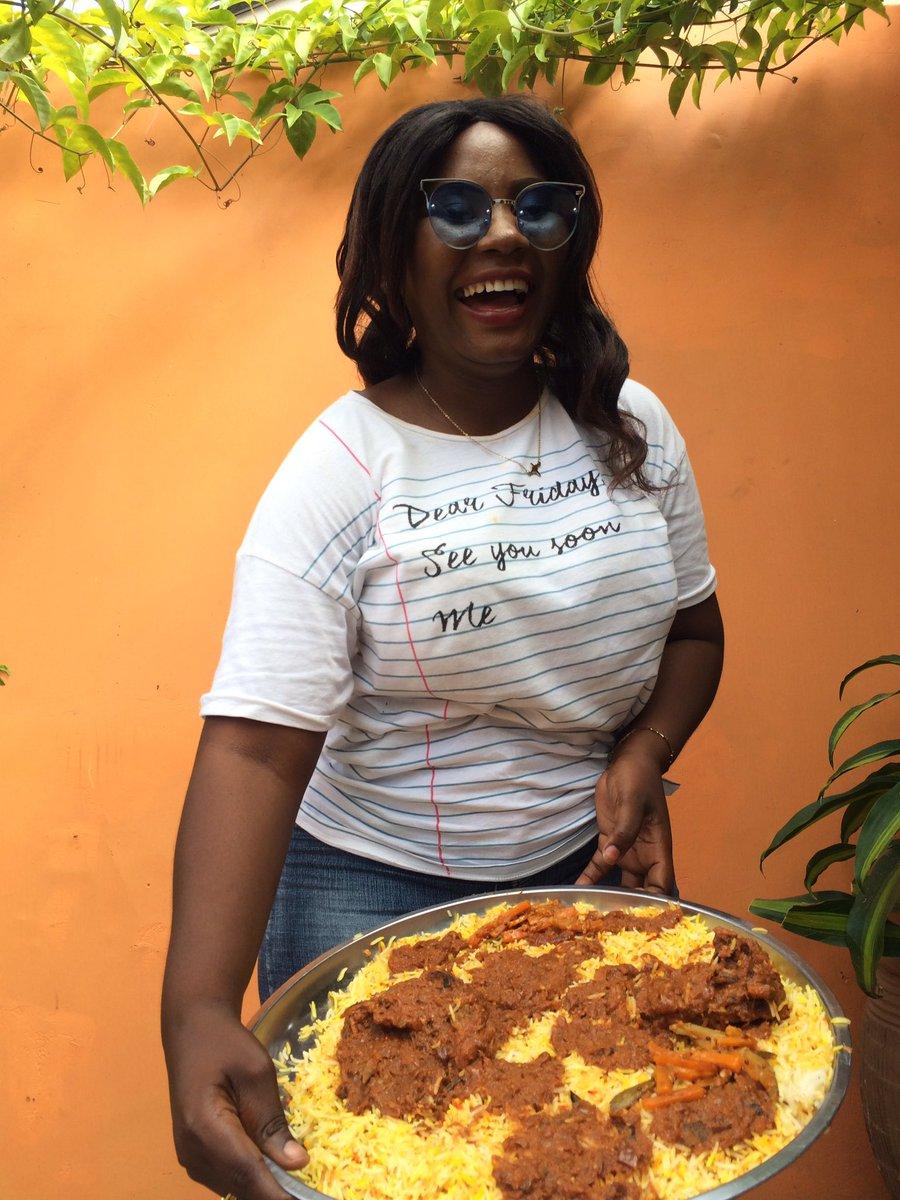 Too Deep Mheshimiwa   Sie Tunauza Biriani at BackYard Kwa Bi Mkubwa Sinza Mori Closed To Delina Apartment  Hatukuwa Na Mtaji Mkubwa Tukaanza Kiasi  Leo Menu Iko @YameeAfrica Menu Iko @Foodsasa1  Biriani Timing 09:00am-08:00pm Kila Ijumaa Na Jumapili  #NipeDili  #mudimabirianipic.twitter.com/qyDRFW93Qp
