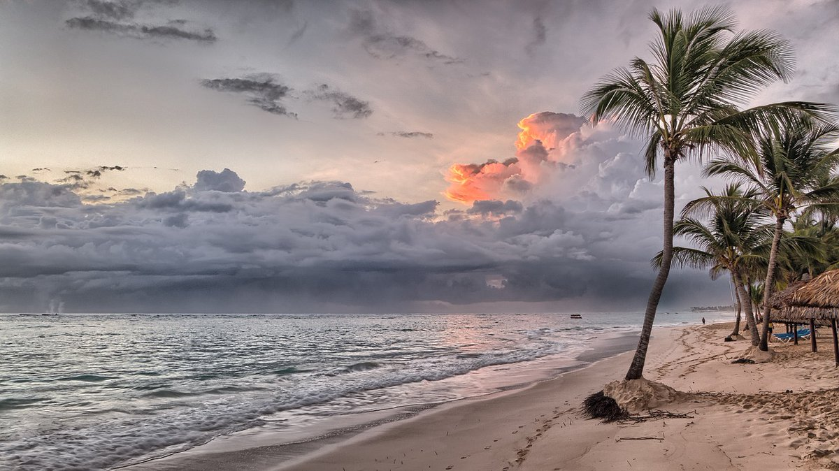 The Caribbean is another level of beauty, especially for a young man like myself who was born and raised in Canada, also known as the Great White North. #CarribeanTravel #AdventureTravel #DigitalNomad https://www.travelingmitch.com/mostrecent/most-beautiful-places-caribbean…