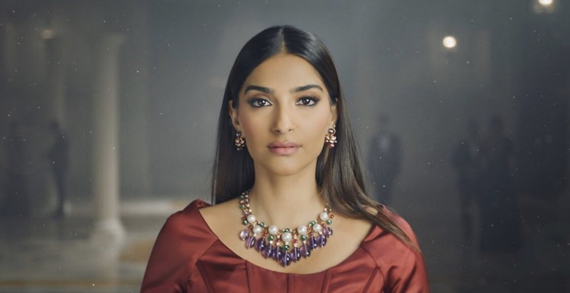 We had the great privilege to film with the beautiful and talented @sonamakapoor recently. Check out our IG page for more! #DJWE2020 #doha #luxury #watches #jewelry #fashion #Qatar #TFH #TheFilmHouse #sonamkapoorahuja