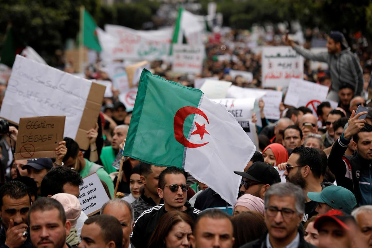 #Algerian Authorities Sentence 20 Hirak Activists to Prison, Stirring Anger aawsat.com/node/2147076