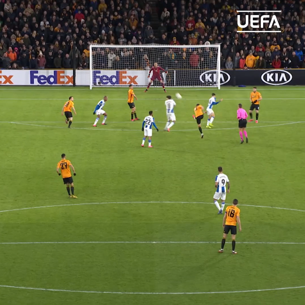 Rúben Neves' 𝐆𝐎𝐋𝐀𝐙𝐎 from every angle 🤤🤤🤤#UEL | @Wolves | #MondayMotivation