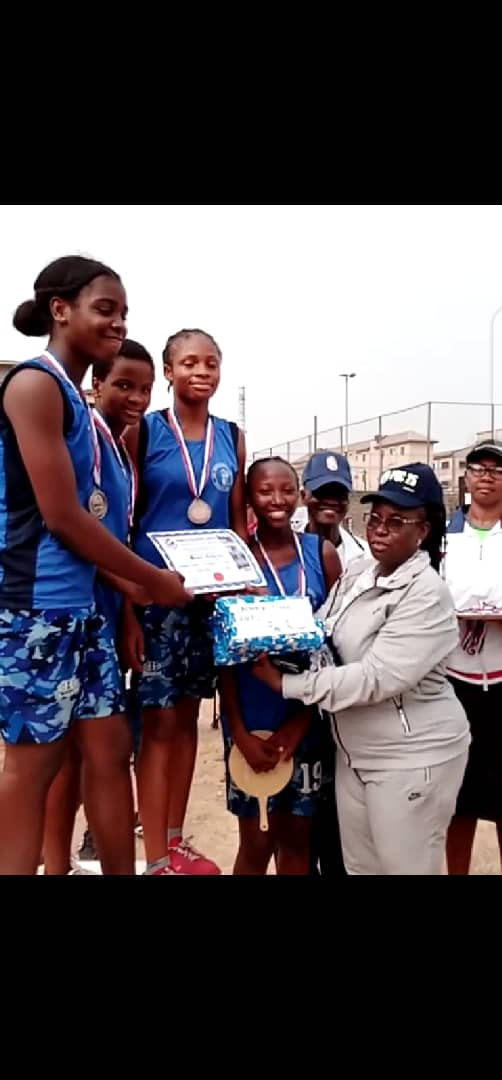 Kings College 100th Interhouse Celebration. Our Queens came 2nd and 3rd in the invitational relays. pic.twitter.com/yJ78WSd7Hg