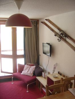 SELF-CATERING SKIING HOLIDAYS TO FRANCE Ski flat, Les Arcs 2000, snow-front, south-facing balcony Weekly Rental: From EUR 300 to EUR 850 https://buff.ly/2uZOVIZ #travel #traveling #TFLers #vacation #visiting #instatravel #instago #instagood #trip #holiday #photooftheday #funpic.twitter.com/m4PrSd0ryi