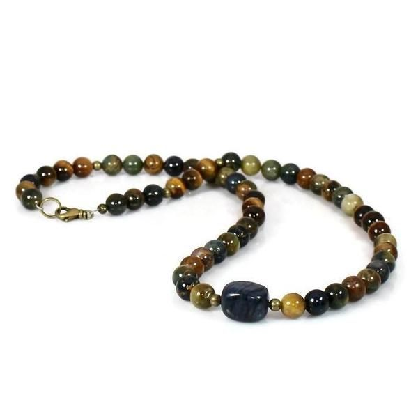 Men's Beaded Healing Energy Intention Choker Necklace  https://buff.ly/3c5jH3V #mensnecklace #genuinestones #realstones #intentionjewelry #mensgifts #beadednecklace #chakra #Buddha #TMTinsta #EtsyTeamUNITY @SympathyRTspic.twitter.com/RCeCupdxab