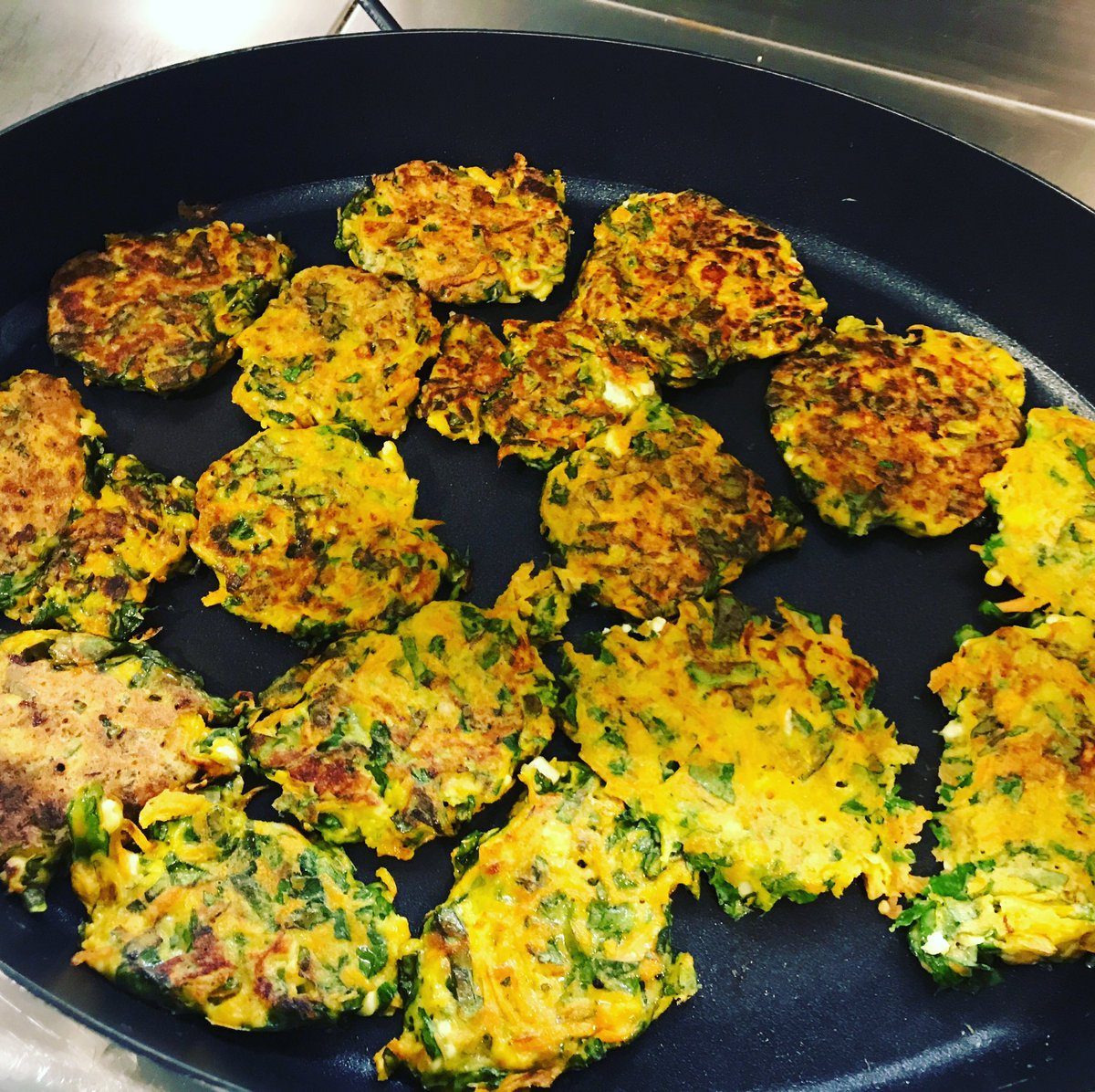 Can't get to any of our classes? Check out our recipe page on our website for easy to follow budget friendly recipes to try at home #affordablefood #affordablerecipes #cookingonabudget #socialenterprise #northlondon #cookingfromscratch  http://www.breadnbutter.org.uk/recipes/pic.twitter.com/mShzC6RKDm