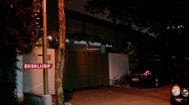 Selain itu ada pula kediaman mewah Nurhadi di Jalan Hang Lekir, Jakarta Selatan. #AIMAN @KompasTV