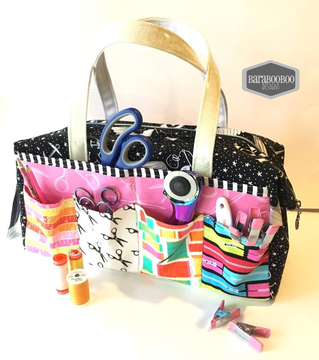 "barabooboo_designs bought her daughter her first sewing machine for Christmas and also made her an amazing Sheffield tool bag for her tools! The Sheffield tool bag pattern is available as a PDF+video or as part of the ""His, Hers and Furs"" bundle. pic.twitter.com/i3C7Jv5jue"