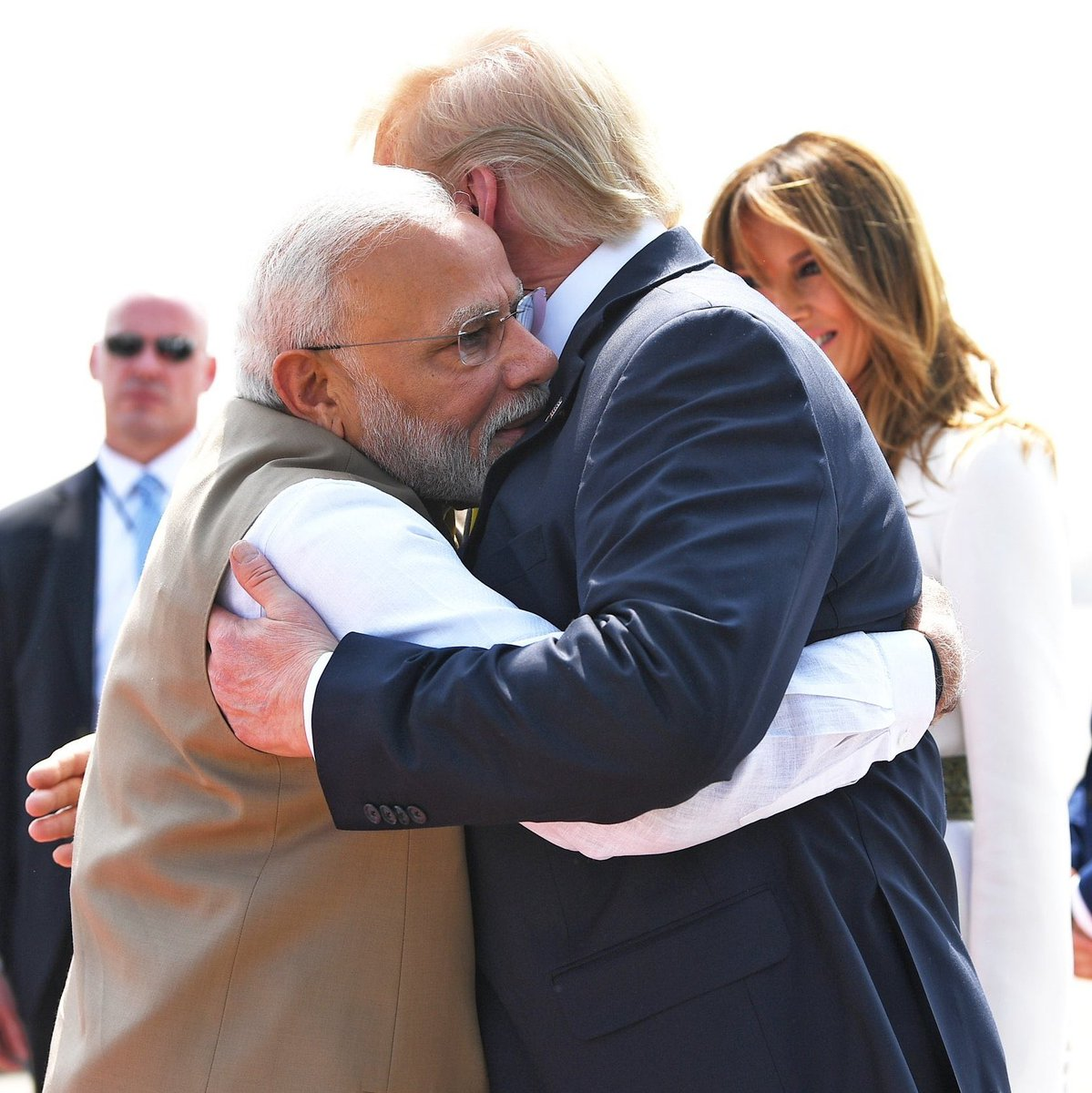 The world is realizing how much people in India love the president of USA @realDonaldTrump ❤️🇺🇸 ... so much different than Trudeau's visit to India #IndiaWelcomesTrump