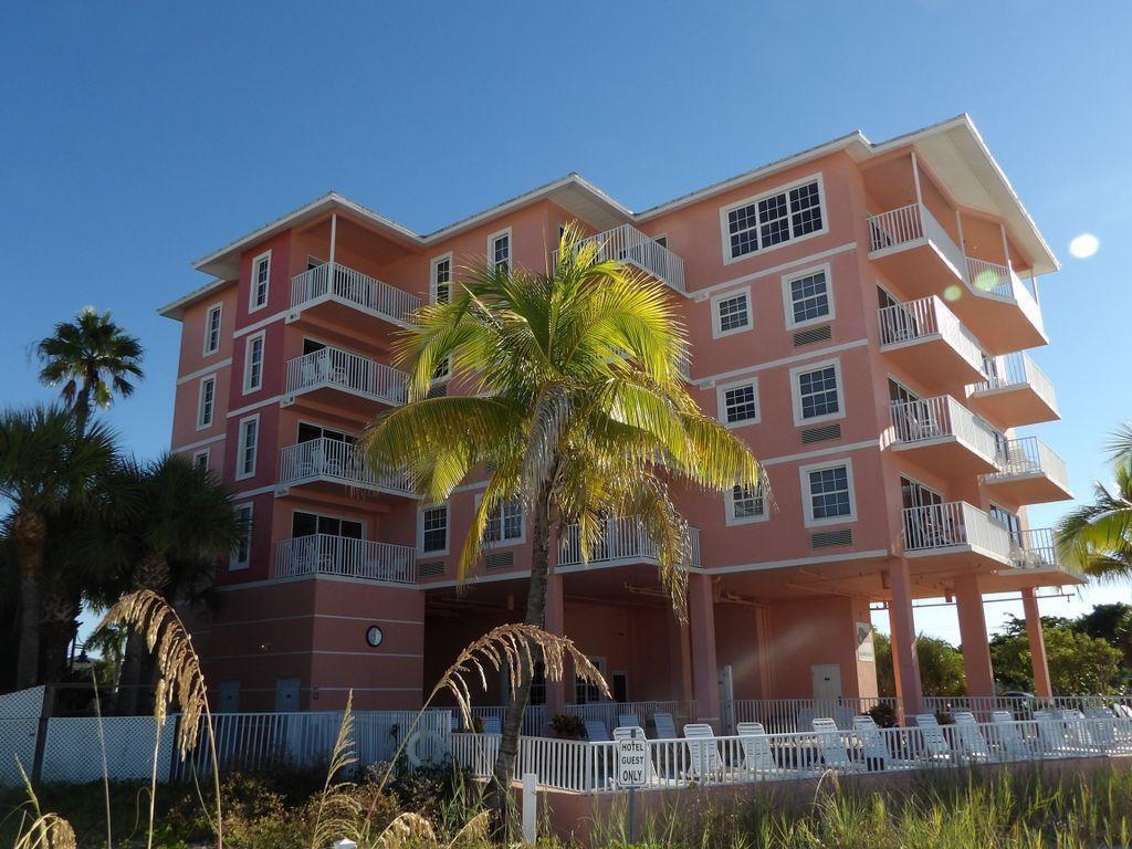 Your own #beach front paradise #FortMyersBeach #EdisonBeachHouse #FloridaLife