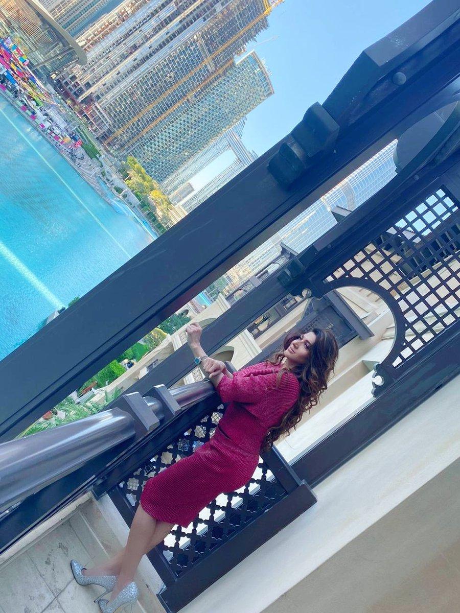 Me time #SanaFakhar #metime #relax #traveldiaries #traveler #StyleDiva #style #fashion #elegance #timeless #fashionista #filmstar #Superstar #fashiondiariespic.twitter.com/BV53ofyID0