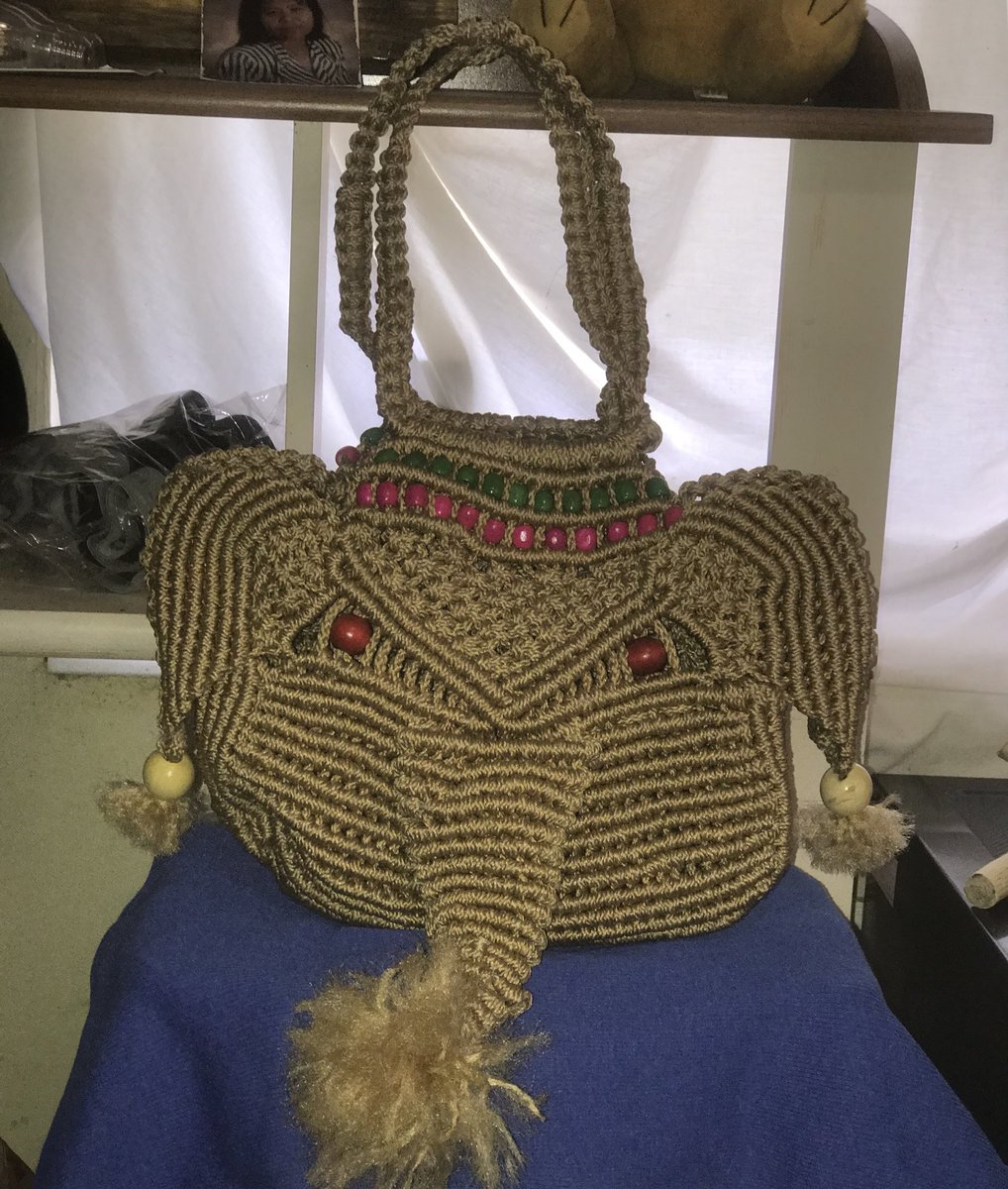 Handemade Elephant Handbag for sale pm for deatails #handmade #goodluck #forsale #DeltaSigmaTheta #Delta https://t.co/EzgAsjxQS5