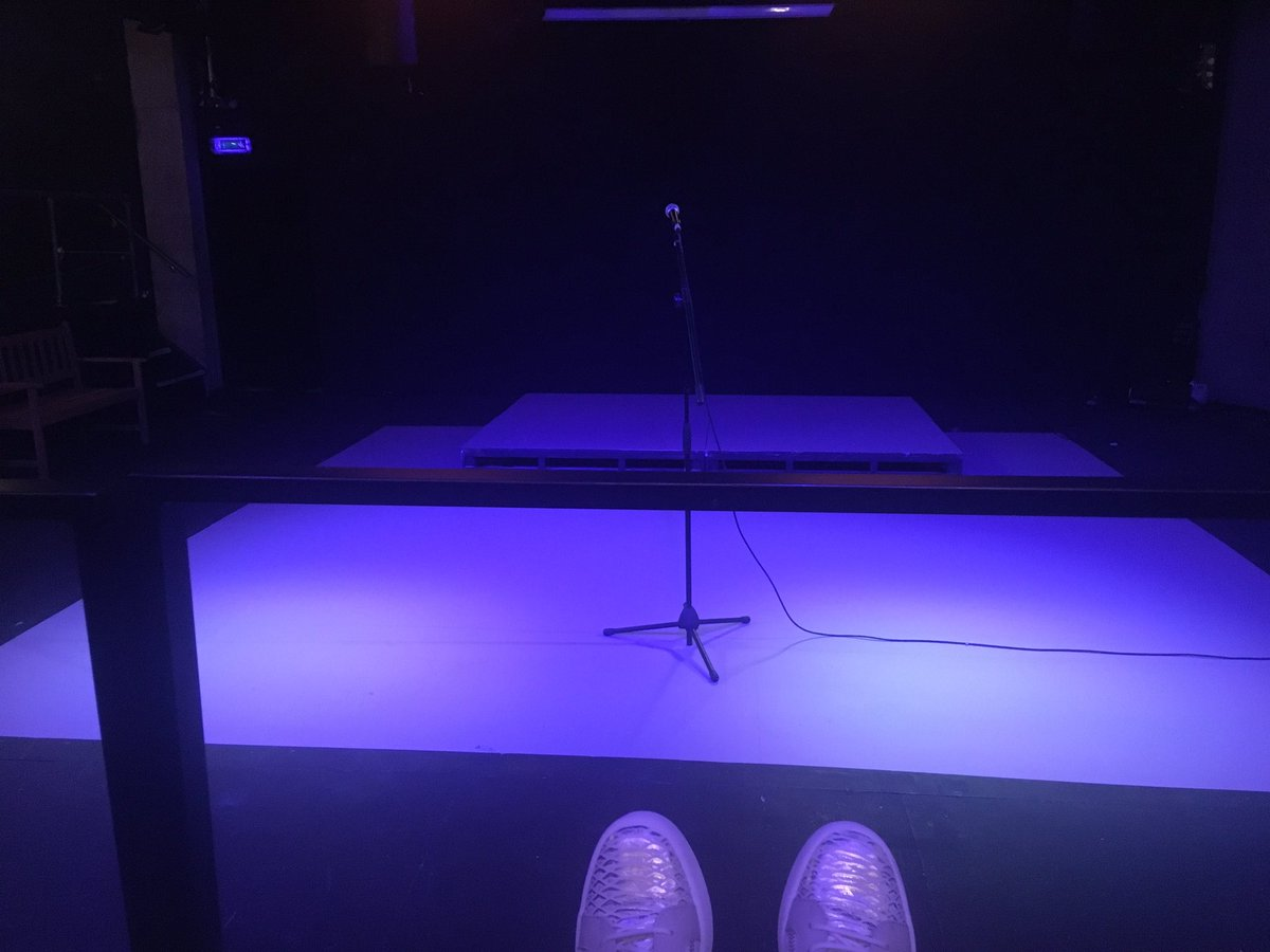 All I need is one mic, one mic 🎤 #TheUpsetters #TheBunkerTheatre #TakeOverFest #WritersLife #Poet