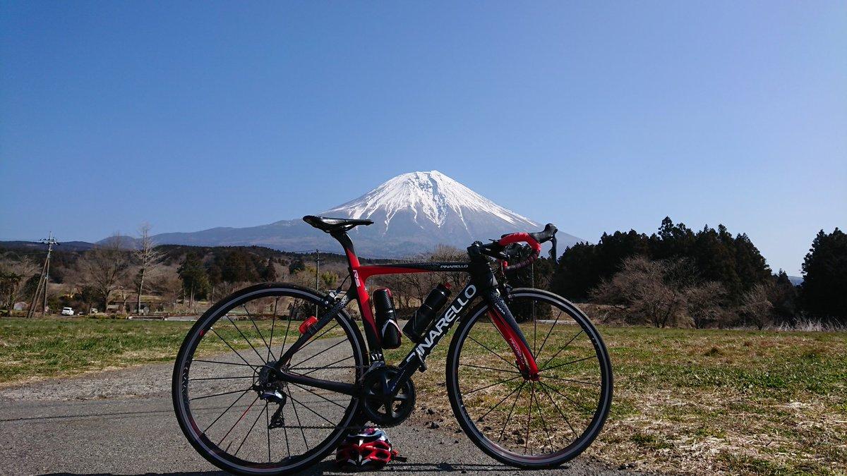 Making a round of Mt. Fuji☀️🗻🚴 富士イチ楽しかった。 #roadbike #cycling #workout #training #mtfuji #pinarello #ganrs #ogkkabuto #castelli #shimano #ロードバイク #サイクリング #富士山