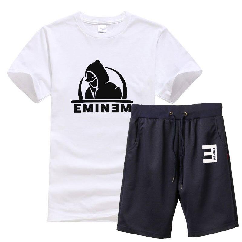 NEW Eminem Merch with FREE Worldwide Shipping: http://eminem-merch.com . . #eminem #hiphop #music #rap #stan #drdre #kamikaze #revival #8mile #slimshady #rapgod #eminemfan pic.twitter.com/x2j2edWPQQ