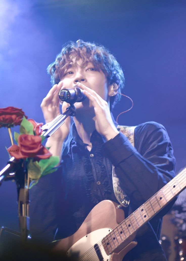 Woosung bitches DON'T! OPEN! THIS! THREAD!!!!!  #WeWillWaitForTheRose  #ourMoonWoosung #HappyBirthdayWoosung <br>http://pic.twitter.com/I67W7w0PFR